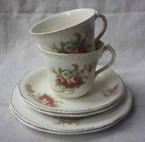 Ridgway Pottery teaset for two