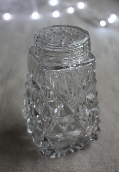 Beautiful vintage salt/sugar cellar