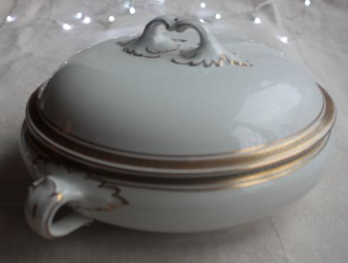Soho Pottery Ltd Solian Ware serving terrine