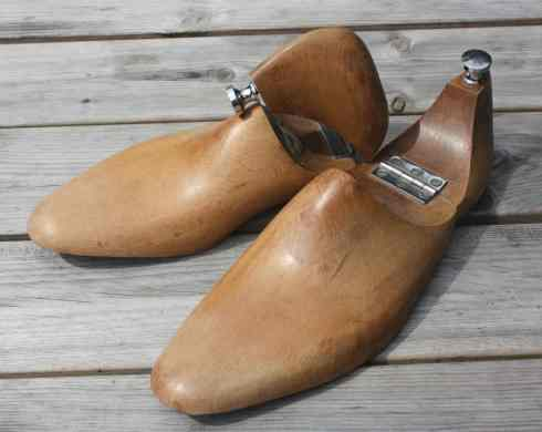 Faulkner & Son, London & Cambridge, vintage hinged Shoe Lasts