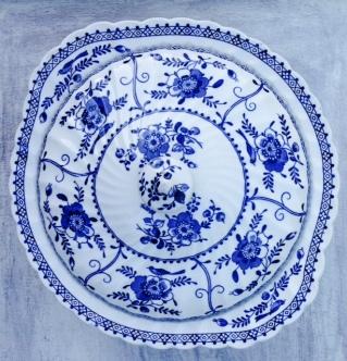 blue tureen